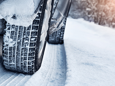 More traction, better handling, increased safety: discover all the benefits of winter tires.
